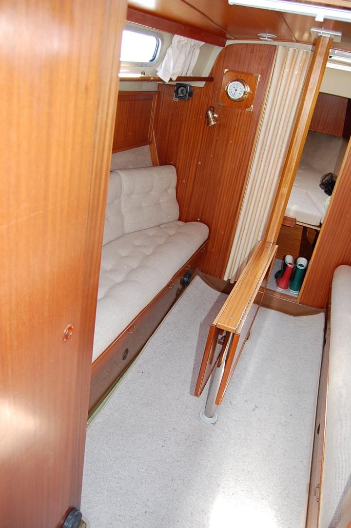 LM28 Salon Steuerbord